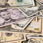Tín dụng ngân hàng là quan hệ vay mượn giữa ngân hàng và các tổ chức kinh tế cũng như các cá nhân khác theo quy tắc có hoàn trả cả gốc và lãi.